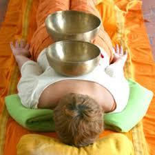 Massage avec les bols chantants tibétains à Pontcharra à coté de Chambery et Grenoble en Isère et Savoie